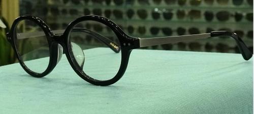 MKC 0204 Gọng mắt kính cận nhựa tròn càng kim loại màu đen
